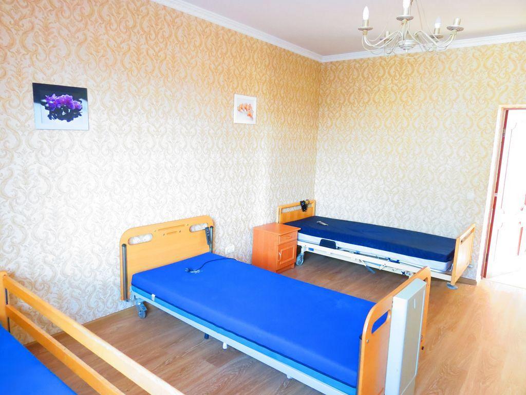 Дом престарелых в Киеве - Времена Года